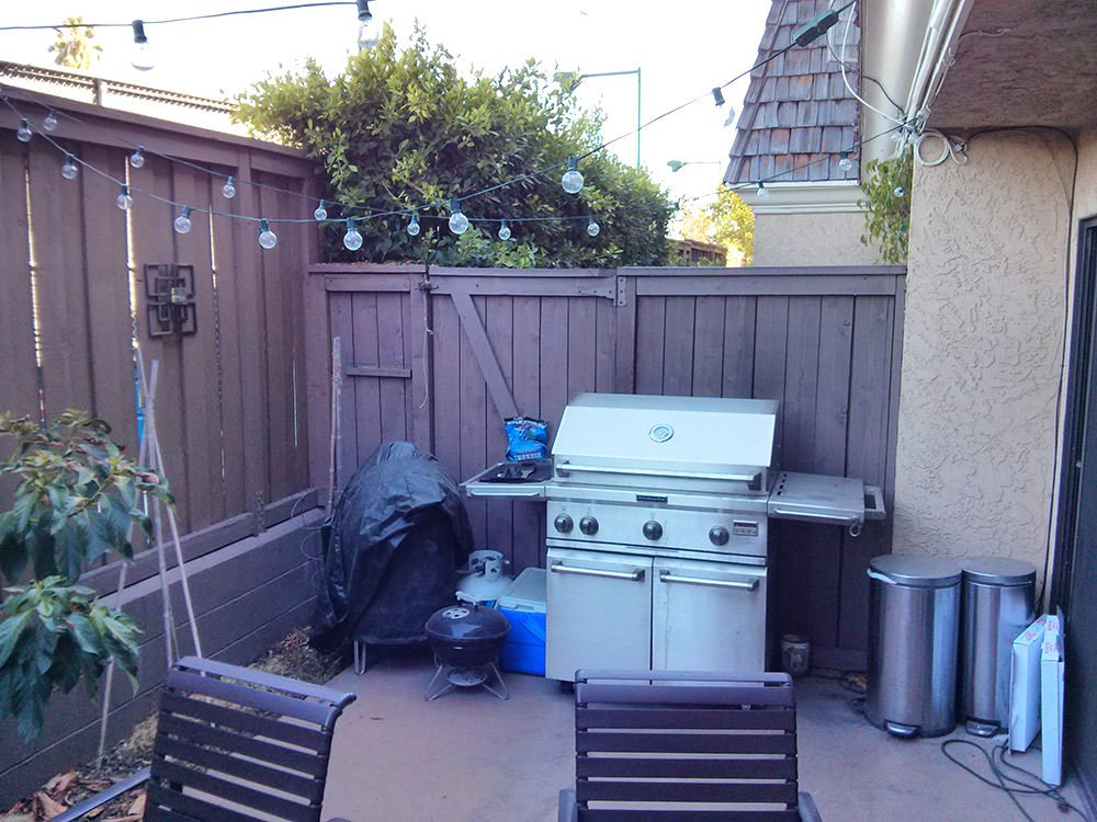 A before and after patio makeover using Decorist, an online interior design service. All decor by Lowes Home Improvement.