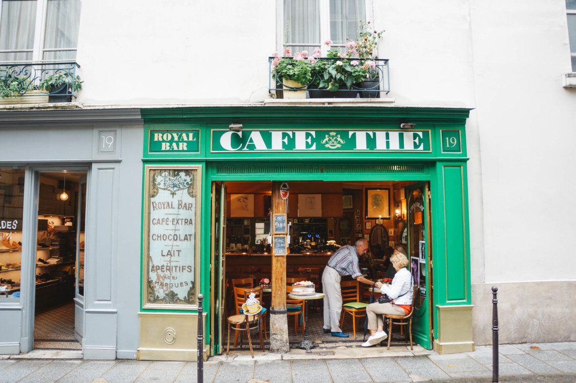 A quick guide to all the things you want to know about Paris from where to get a nightcap to where to go for a tasting menu that won't break the bank!