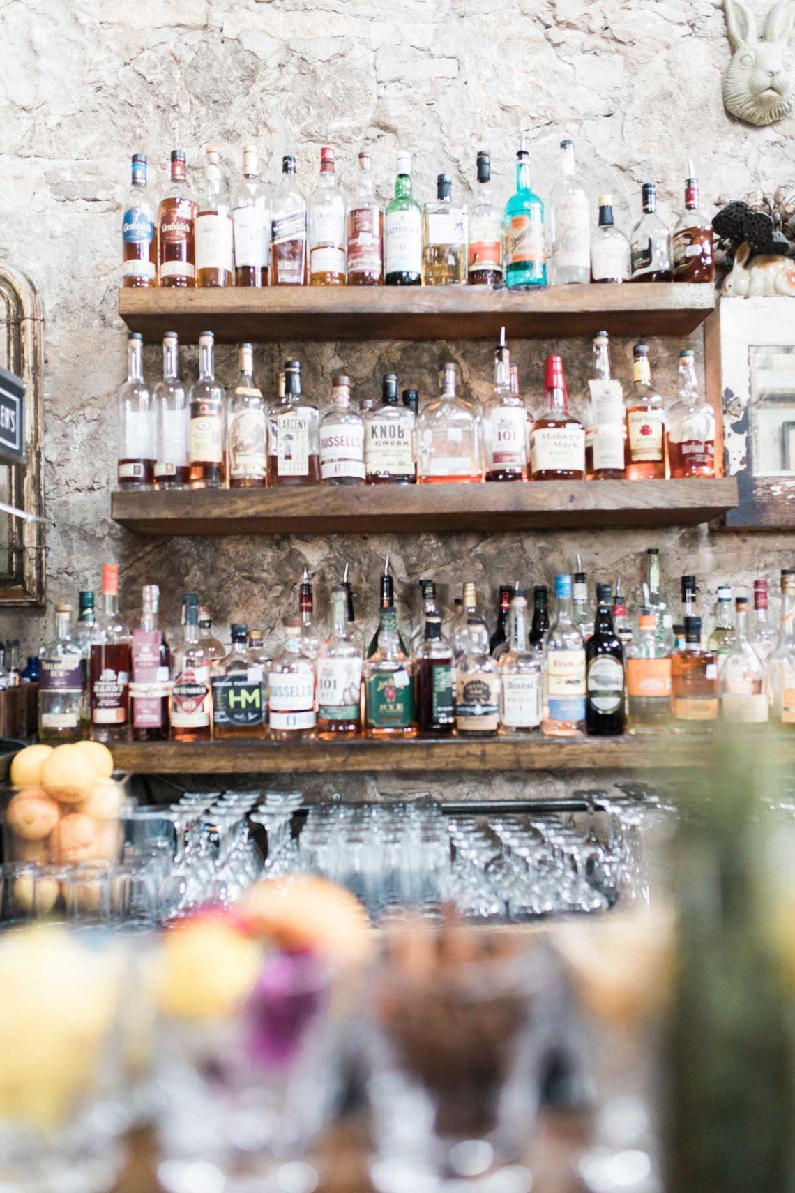 whistlers bar austin