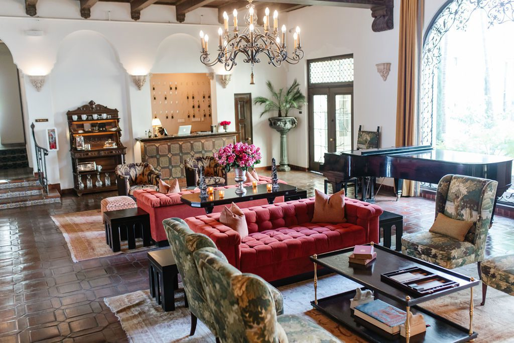 Villa Carlotta is an extended stay for artists and creatives to enjoy five-star service, the sophistication of a luxury boutique hotels with the modern conveniences of a well-appointed condo.